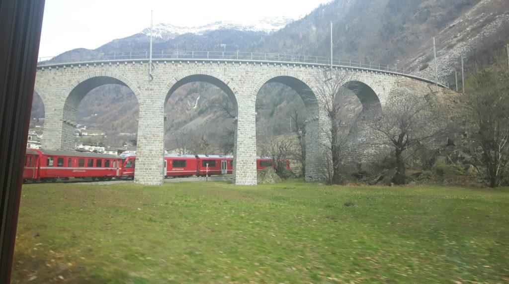 Trenino-rosso-Bernina