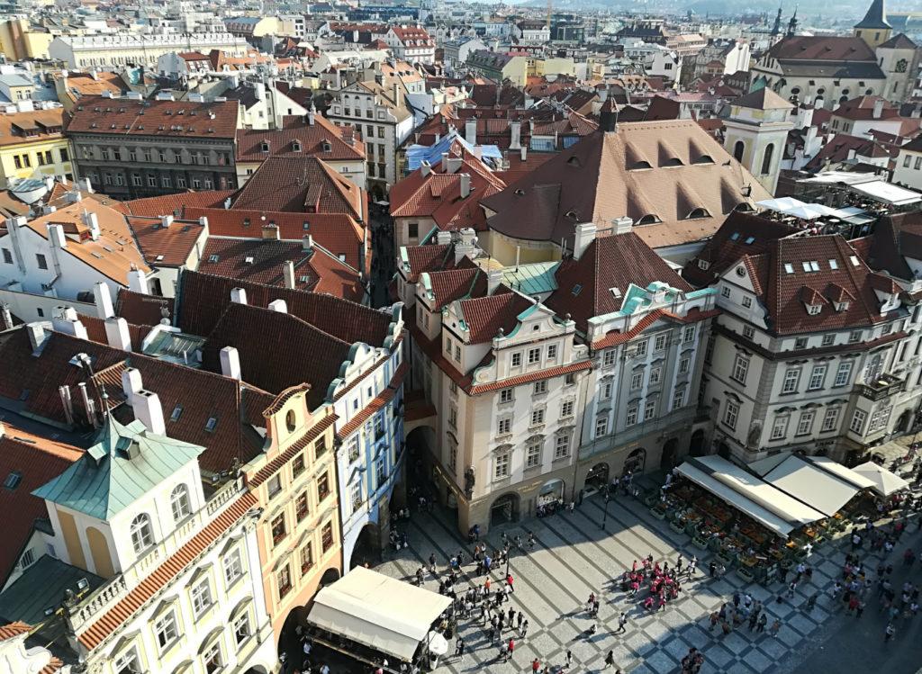 Praga-tetti-rossi